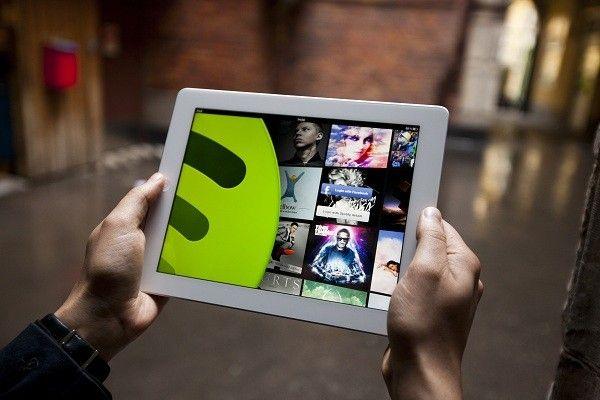 news-spotify-raport-urządzenia-mobilne