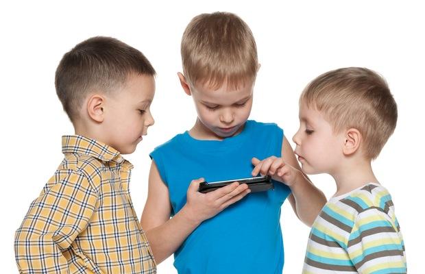 news-dzieci-smartfony