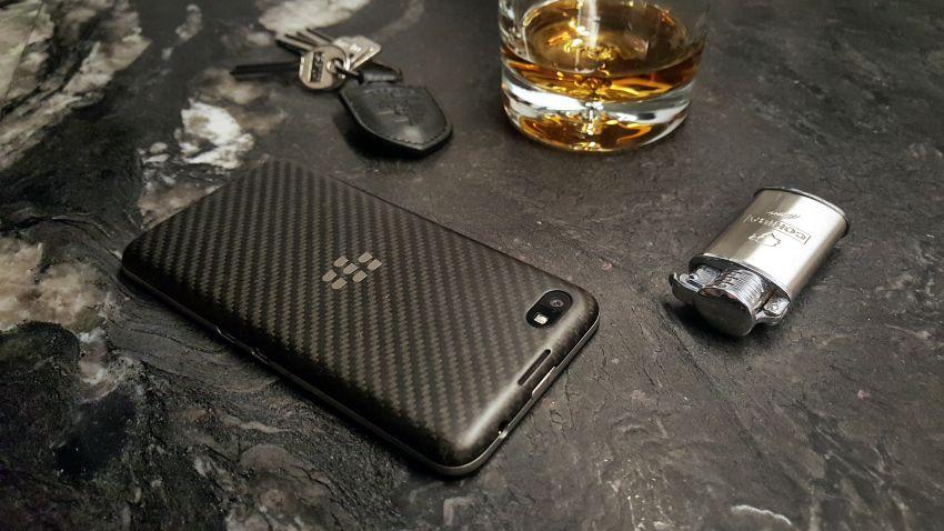 Photo of Test BlackBerry Z30