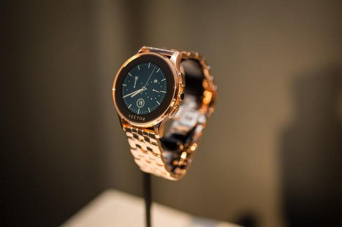 news-vector-smartwatch-2