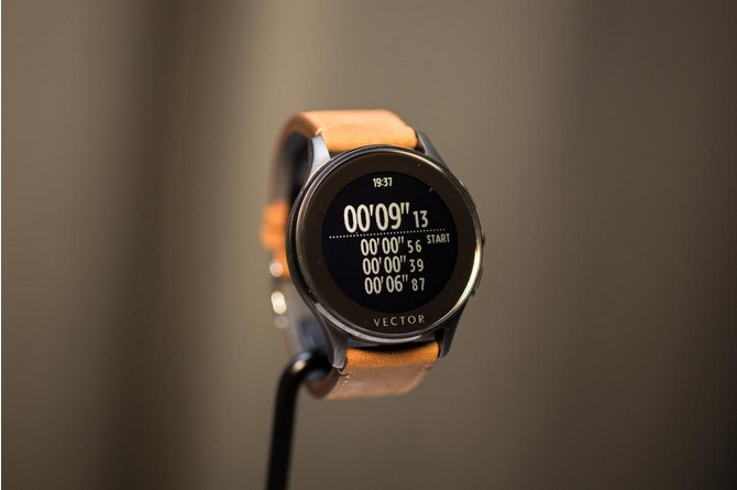 news-vector-smartwatch-4