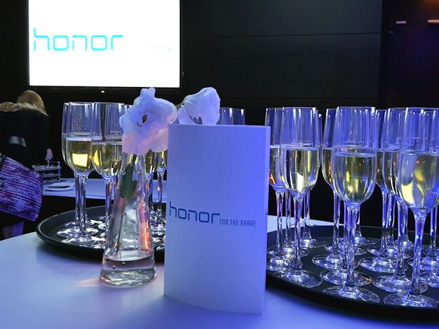 news-honor7-premiera-1