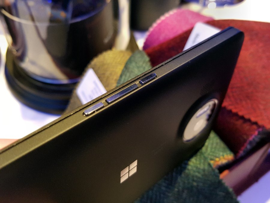 news-microsoft-lumia950-5