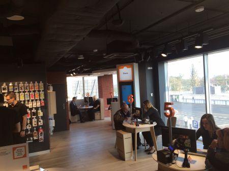 news-smart_store_orange-poznan-1