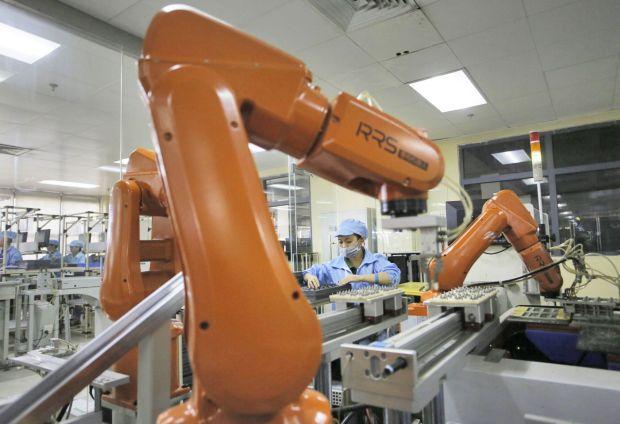 news-foxconn-robotyzacja