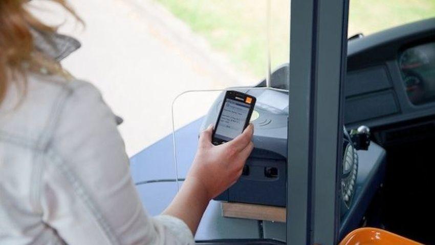 T-Mobile: Podróż komunikacją miejską z biletem w komórce już możliwa. Na razie tylko w Białymstoku