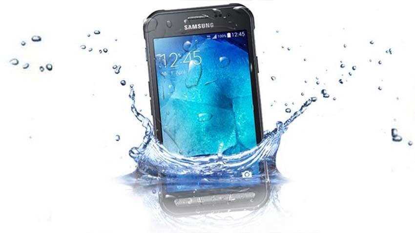 """Samsung Galaxy Xcover 3 oficjalnie - """"wszystkoodporny"""" Koreańczyk"""