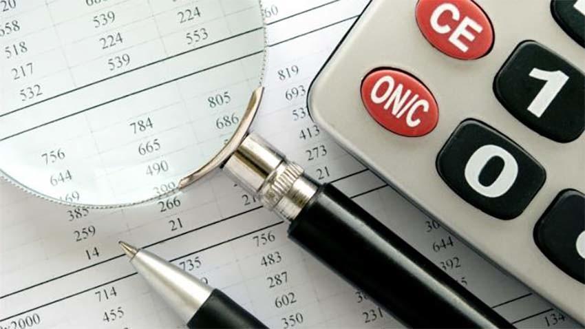 UKE: Analiza cen usług wiązanych w Polsce