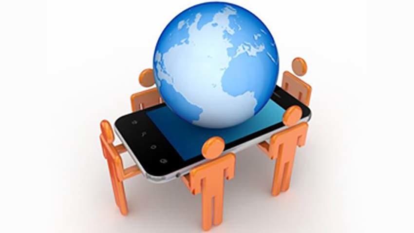 Orange: Smartfon najpopularniejszy do Internetu