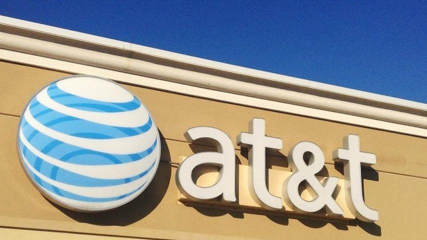 Operator AT&T ukarany grzywną w wysokości 100 milionów dolarów za oszukiwanie klientów