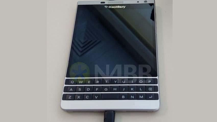 Blackberry Dallas certyfikowany w trzech krajach. Drugie wcielenie Passporta?