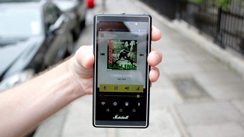 Oto Marshall London - ciekawy smartfon z rockandrollowym zacięciem