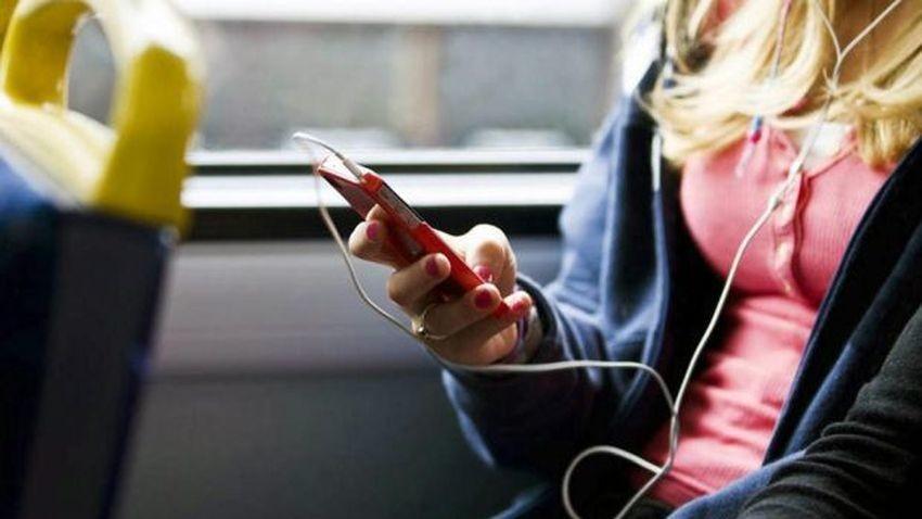 Tre ściąga limity za korzystanie z serwisów strumieniujących muzykę