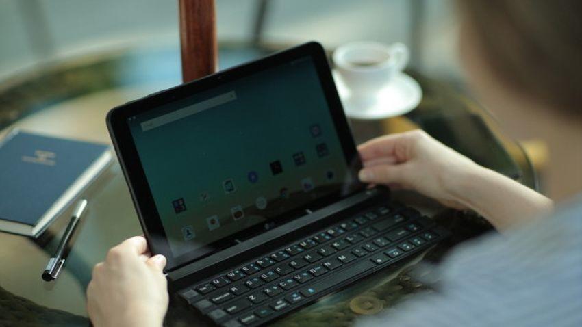 Polacy już wkrótce będą mogli zakupić pierwszą zwijaną klawiaturę do smartfonów od LG