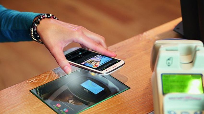 Photo of LG pracuje nad systemem płatności mobilnych G Pay
