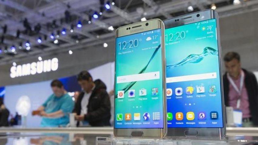 Photo of Samsung Galaxy S7 z przyspieszoną premierą. Smartfon zadebiutuje w dwóch wersjach