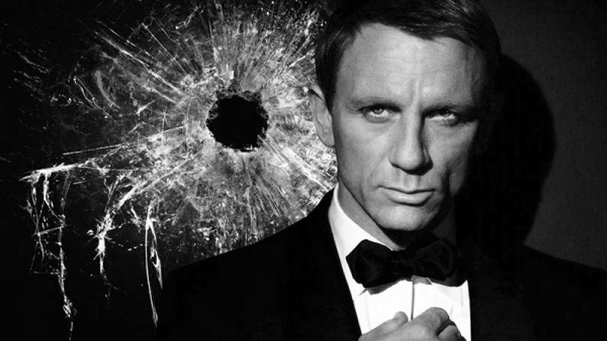 Daniel Craig przeciwny smartfonom Sony i Samsunga. Uważa