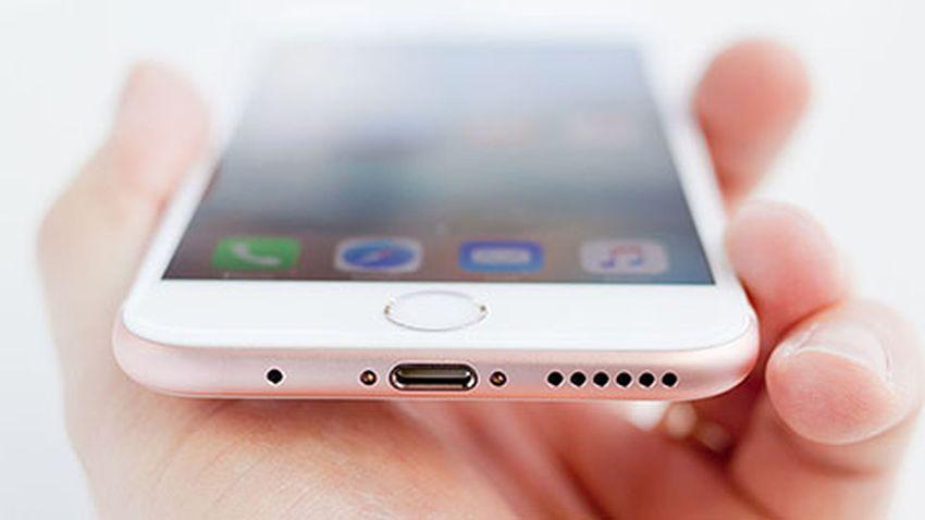 Photo of Apple usunie złącze słuchawkowe w kolejnym iPhone'ie?