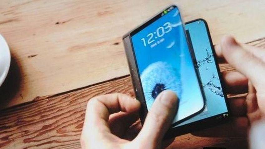 Photo of Samsung ma pomysł na telefon, który rozkłada się w tablet