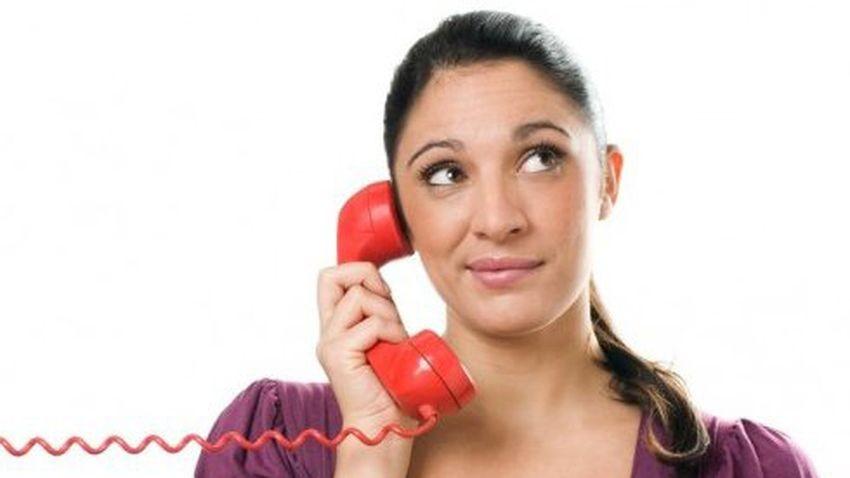 UKE za bezpłatnymi połączeniami z biurami obsługi klientów