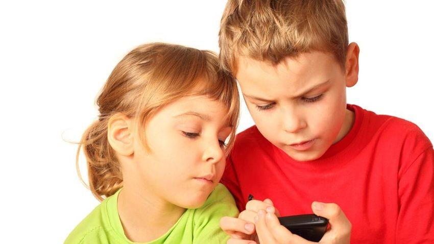 Siedmiolatek zapamiętał hasło ojca i wydał prawie 6 tysięcy dolarów w grze na iOS