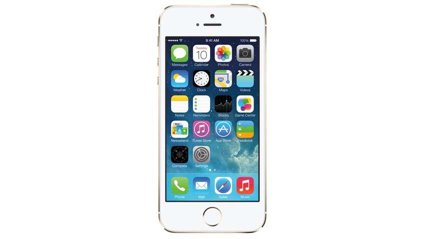 iPhone 6 przed kamerą