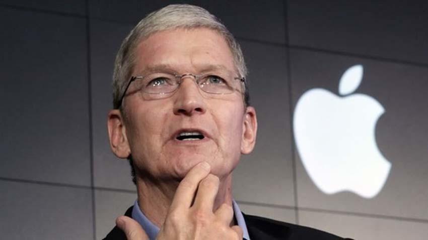Tim Cook spodziewa się historycznego spadku sprzedaży iPhone-ów