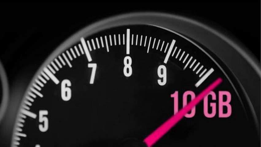 Nowa oferta T-Mobile dla firm w kampanii reklamowej