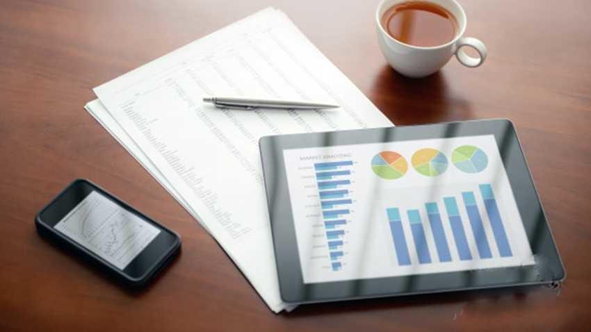 UKE przedstawia raport z kontroli rynku smartfonów i tabletów
