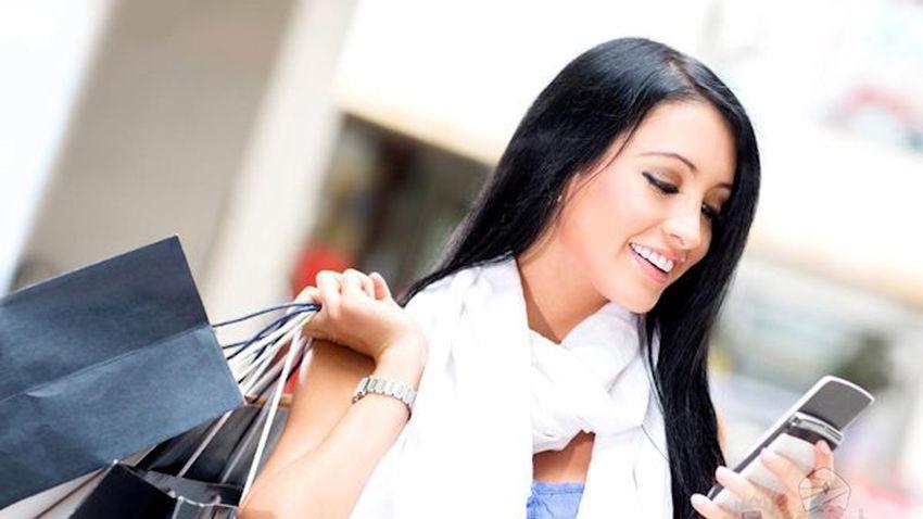 Coraz więcej Polaków kupuje mobilnie