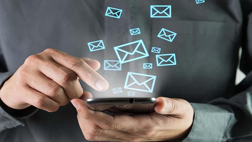 Photo of Konsumenci zalewani e-mailami i telefonami marketingowymi