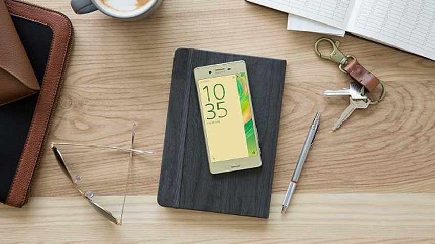 Photo of Sony Xperia X w sieci Play