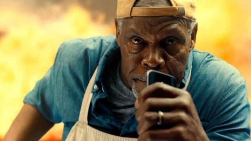 Photo of Danny Glover w nowej reklamie Samsunga