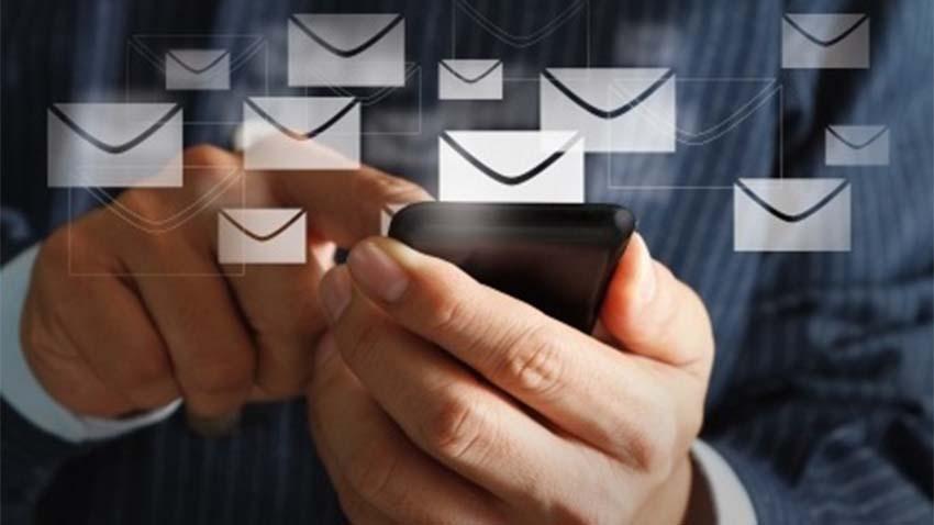 Photo of Wysyłamy coraz więcej MMS-ów i SMS-ów w roamingu