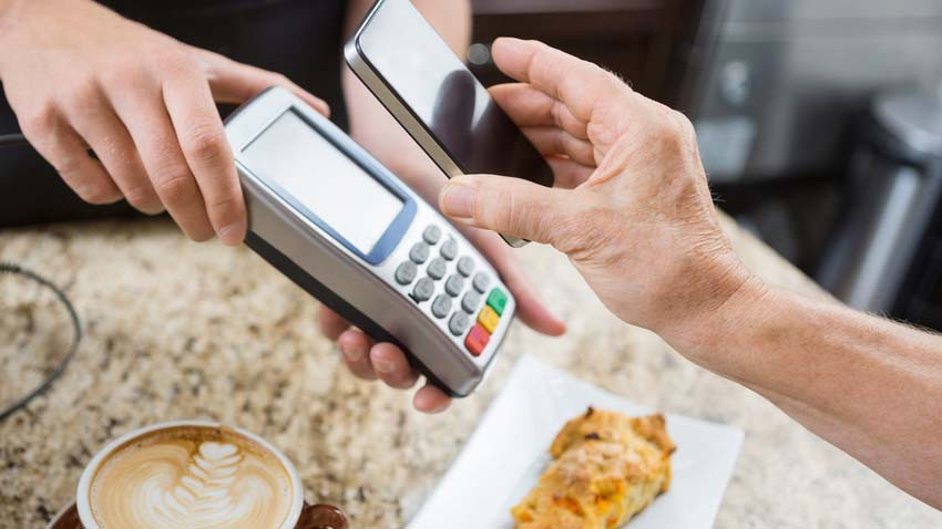 Szkoda! NFC w iPhone tylko dla Apple Pay