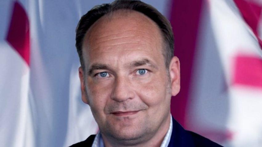 T-Mobile: Departament Public Affairs w rękach Piotra Kędzierskiego