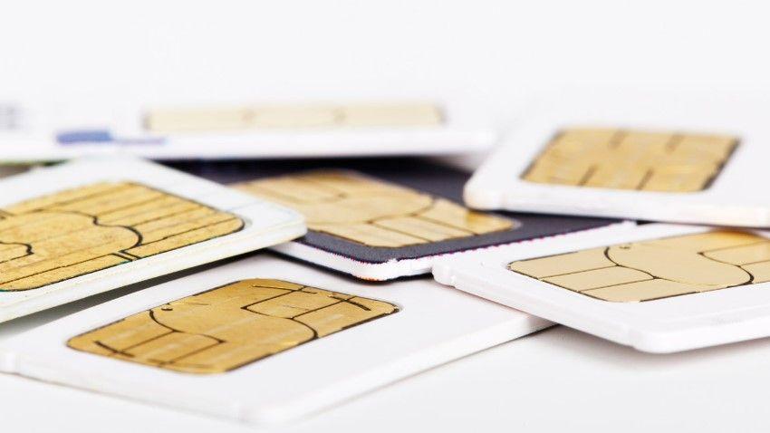 Photo of UKE: Co należy wiedzieć o rejestracji kart prepaid?