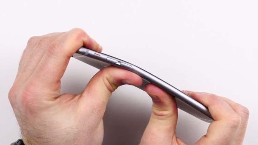 """Photo of Uwaga! iPhone 6 nie jest """"kieszonkowcem"""""""