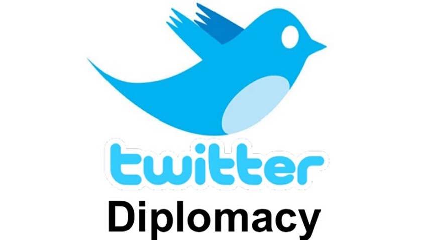 Twitterowy zawrót głowy - politycy w mediach społecznościowych