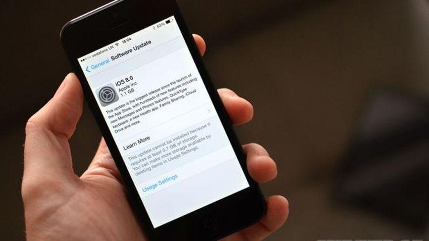 Photo of Apple oskarżone o ilość miejsca zajmowanego przez iOS 8