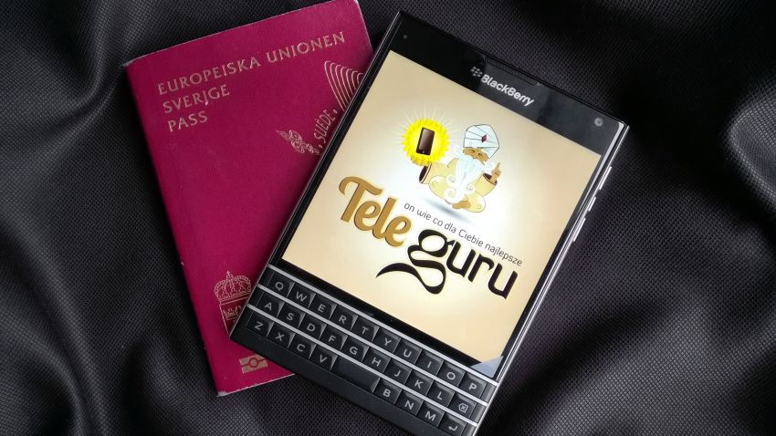 Photo of Test Blackberry Passport: Paszport do udanych biznesów