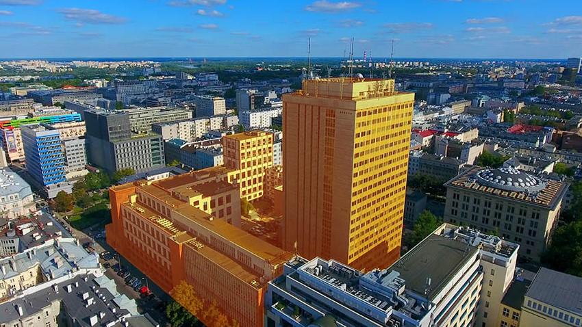 Photo of Orange wystawił na sprzedaż budynki w centrum Warszawy