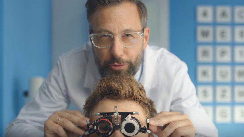 Photo of Szymon Majewski zachęca do rejestracji numeru w Plusie i przechodzenie na abonament