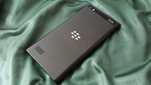 test-BlackBerryLeap-3