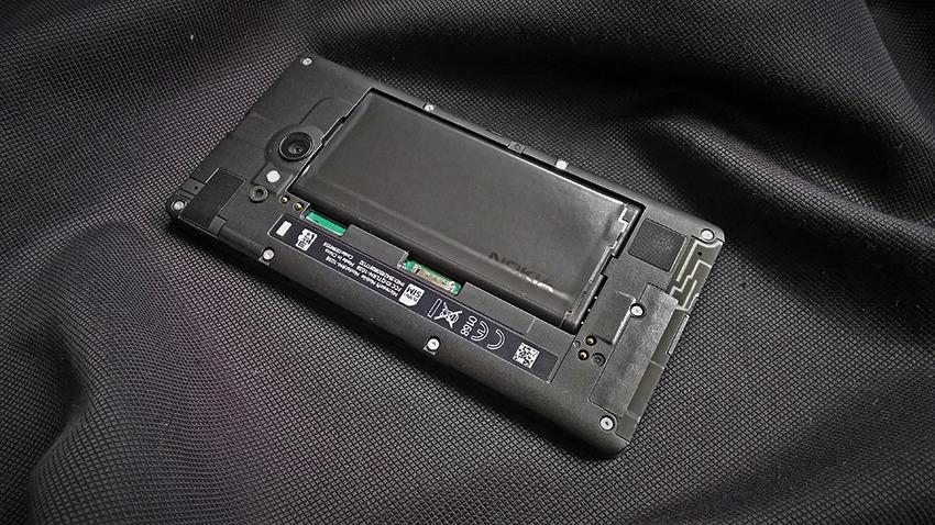 test-Nokia-Lumia735-3-1 Nokia Lumia 735