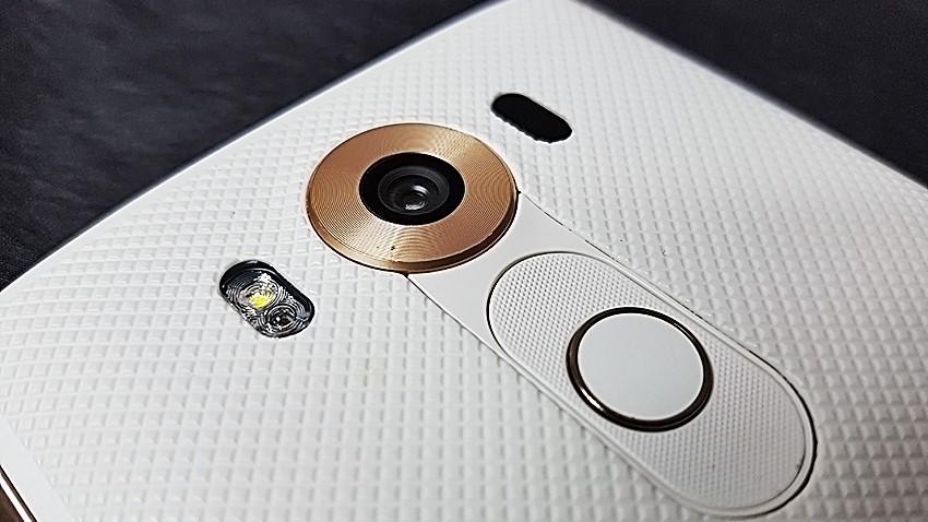 Photo of Play ogłasza konkurs w którym do wygrania jest LG V10