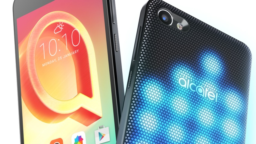 Photo of Alcatel A5 LED: kameleon z diodami na tylnym panelu