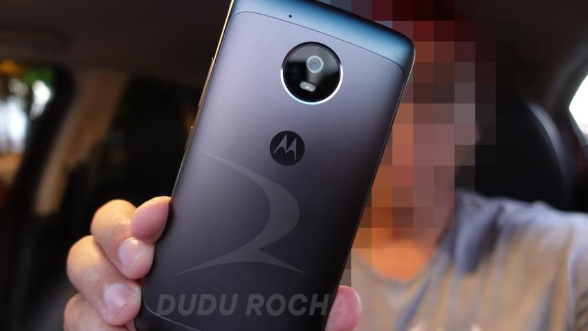 Photo of Zdjęcia Moto G5: metalowa obudowa, wymienna bateria