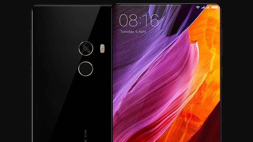 Photo of Xiaomi dalej zwęża ramki smartfonów w następcy Mi Mix