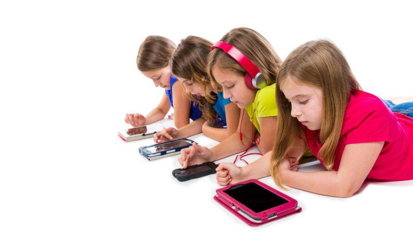 Photo of 13-letnie dzieci uzależnione od smartfonów
